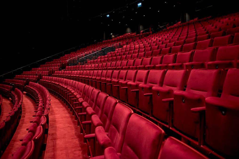 Hamburger Theater online erleben.